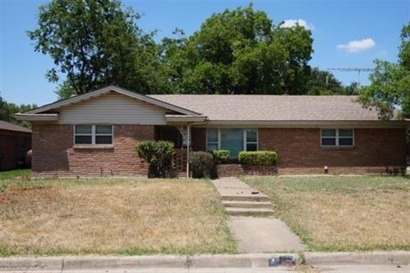 150 Revere Drive, Fort Worth, TX 76134