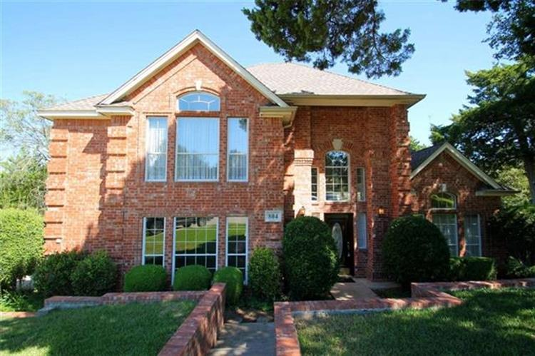 804 Knoll Manor Court, Cedar Hill, TX 75104
