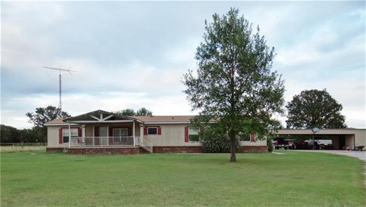 324 Private Road 3450, Paradise, TX 76073