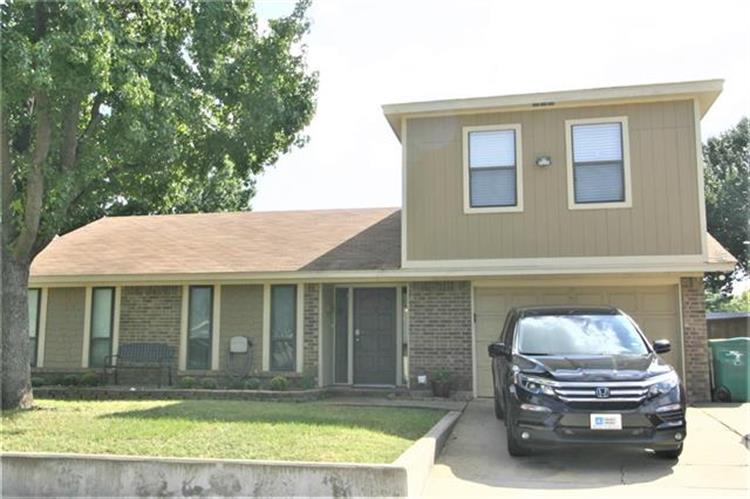 514 Price Drive, Lewisville, TX 75067