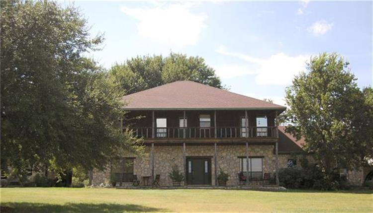2691 A County Road 2007, Glen Rose, TX 76043