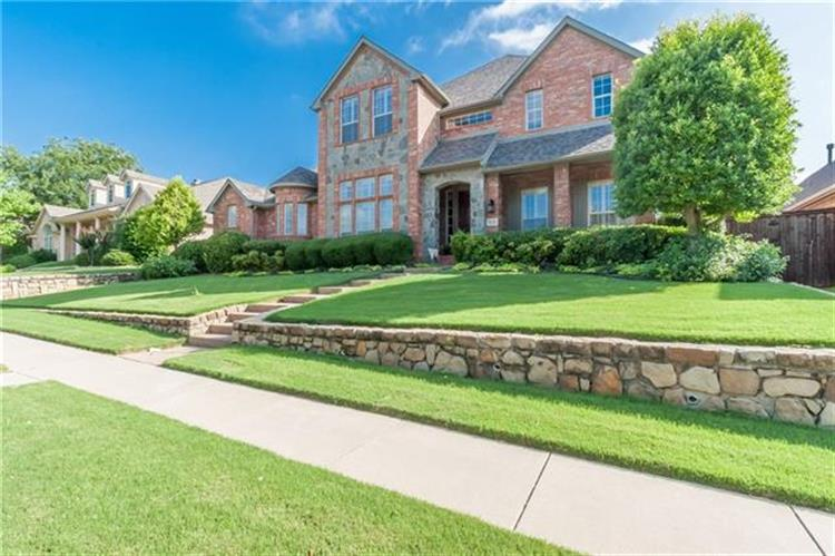 924 Blue Jay Lane, Coppell, TX 75019