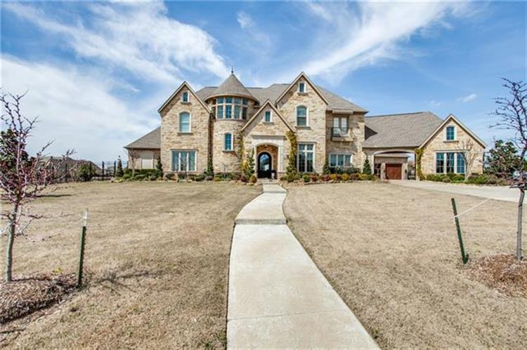 1069 Kingsbridge Lane, Rockwall, TX 75032