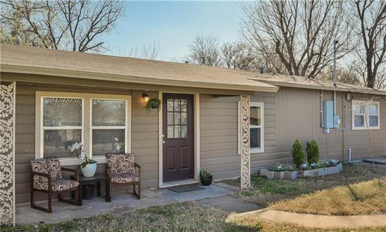 1406 SE 12th Street, Mineral Wells, TX 76067