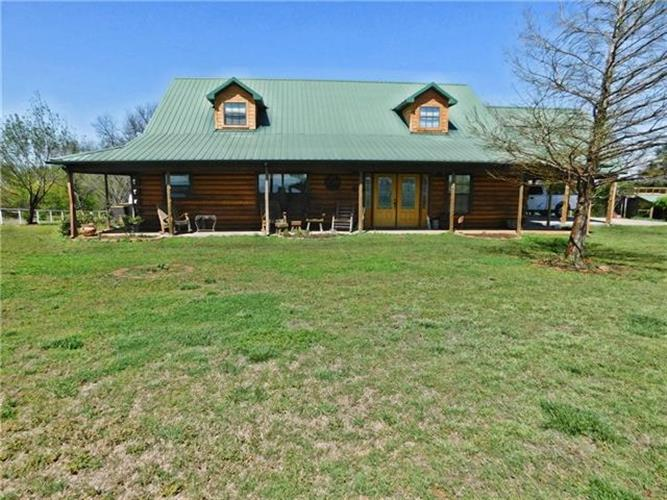 1353 Spring Creek Road, Collinsville, TX 76233