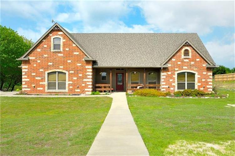 120 Summer Stone Court, Weatherford, TX 76087