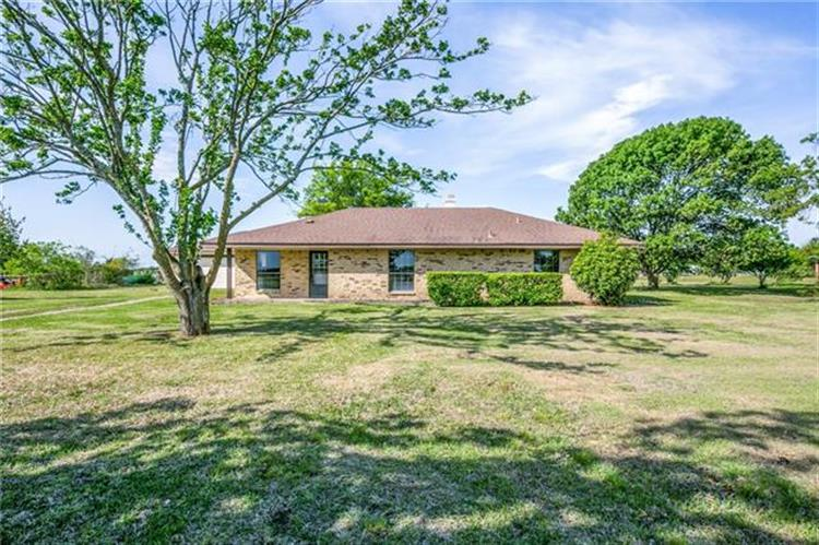 10977 Neal Road, Forney, TX 75126