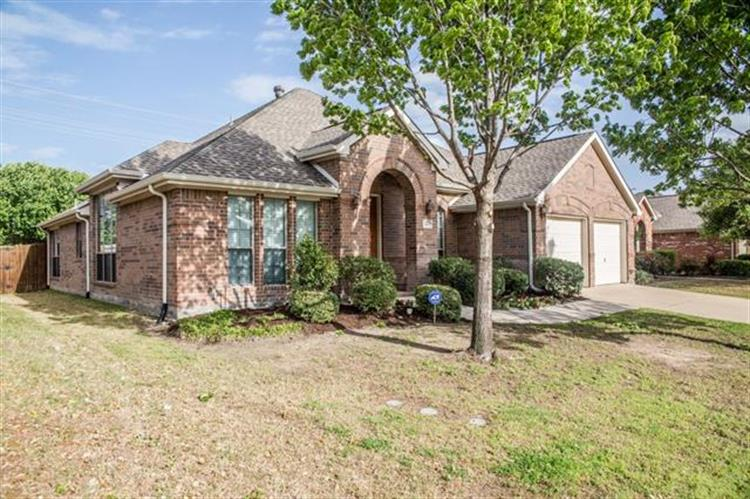 2453 Marble Canyon Drive, Little Elm, TX 75068