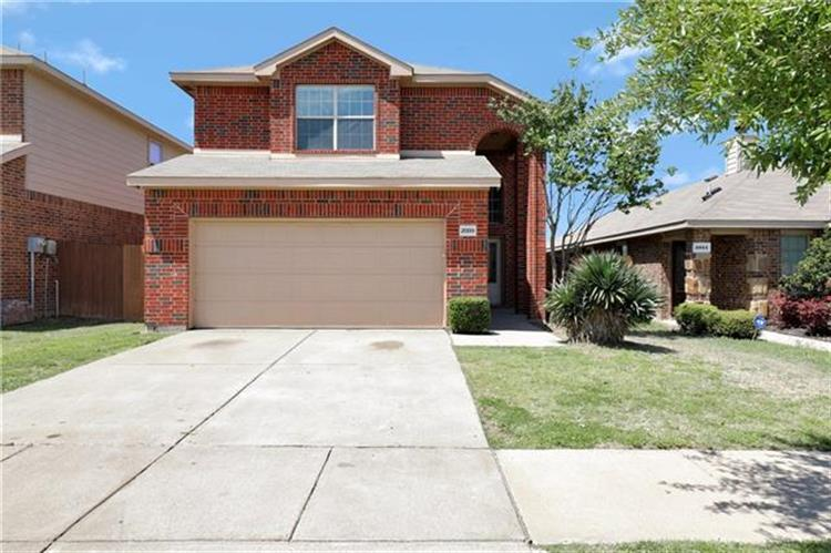 2009 Whispering Hills Drive, Heartland, TX 75126