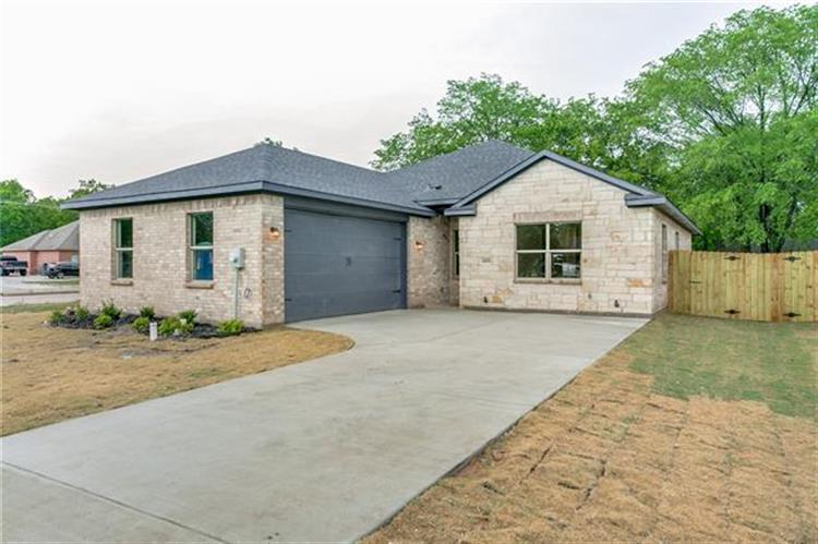 2312 Doty Lane, Balch Springs, TX 75180