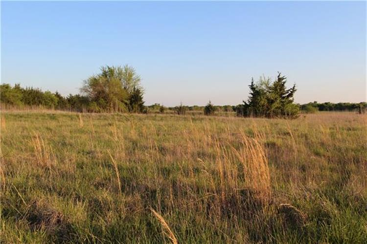 25500 County Road, Roxton, TX 75477