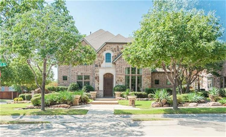 2254 Magic Mantle Drive, Lewisville, TX 75056