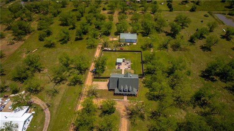 19725 County Road 3411 Road, Chandler, TX 75758