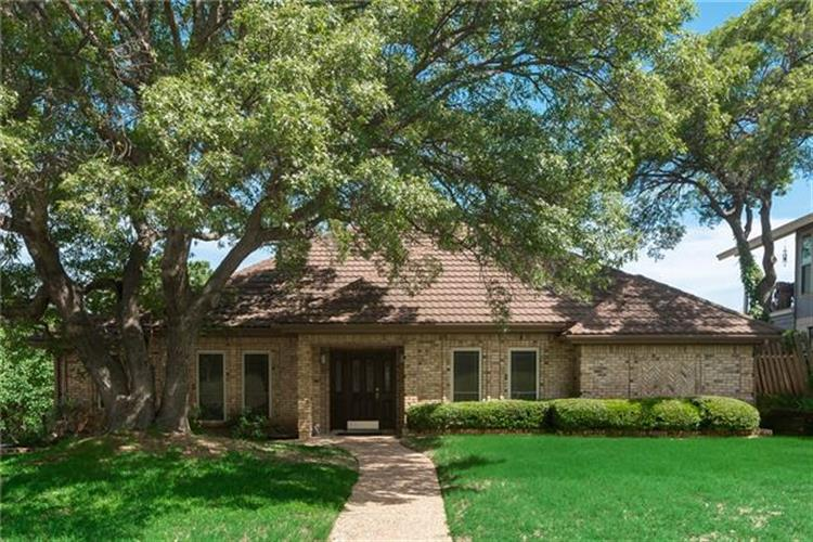 7700 Lake Highlands Drive, Fort Worth, TX 76179