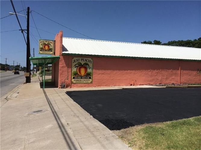 506 N Main Street, Weatherford, TX 76086