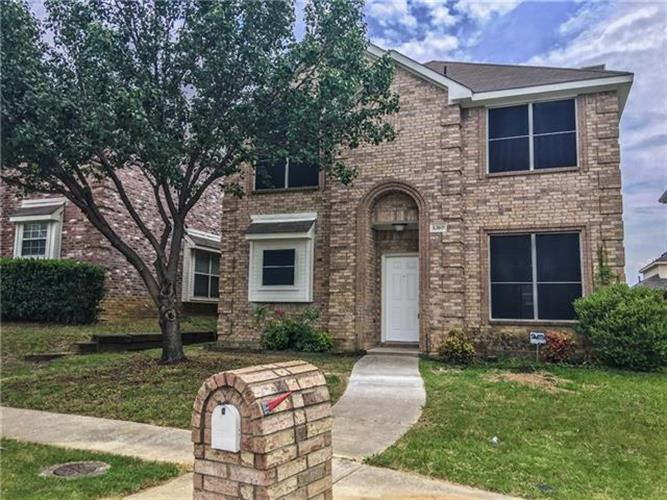 1369 Riley Drive, Carrollton, TX 75007