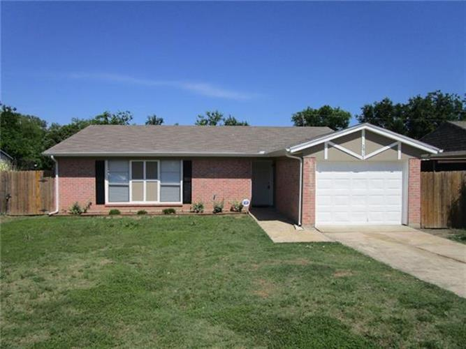 2917 Raton Drive, Fort Worth, TX 76116
