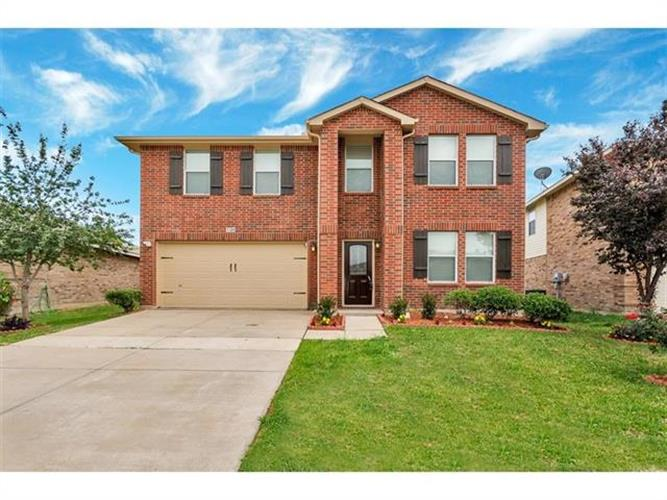 5120 Weather Rock Lane, Fort Worth, TX 76179