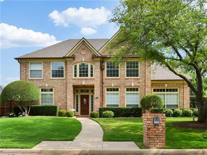 6708 E Park Drive, Fort Worth, TX 76132