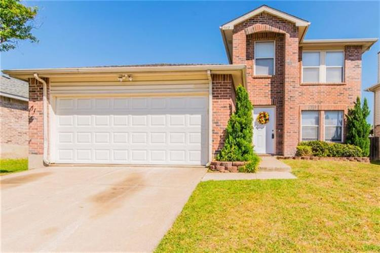 5312 Royal Birkdale Drive, Fort Worth, TX 76135
