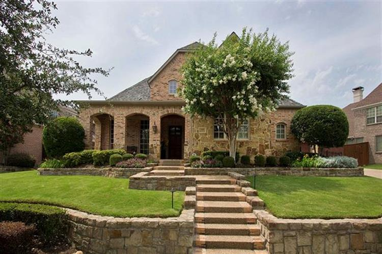 1105 King Mark Drive, Lewisville, TX 75056