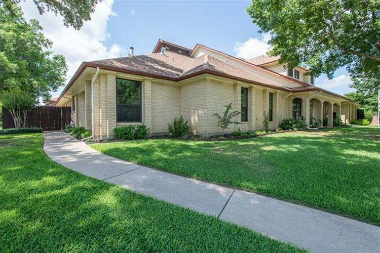 822 Windmill Lane, Athens, TX 75751