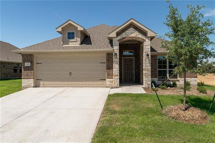 535 Hidden Springs Trail, Azle, TX 76020
