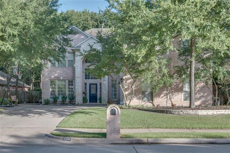 1608 Forest Bend Lane, Keller, TX 76248