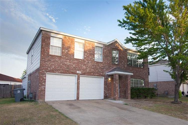 7108 Lanyon Drive, Dallas, TX 75227
