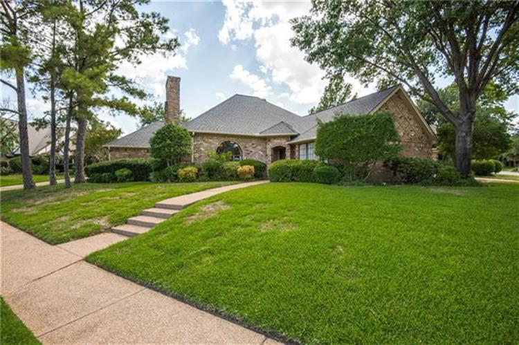 840 Windsong Court, Bedford, TX 76021