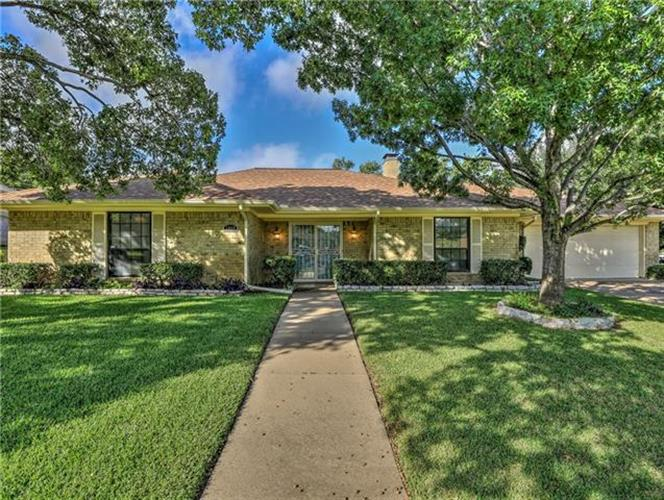 6800 Wilton Drive, Fort Worth, TX 76133