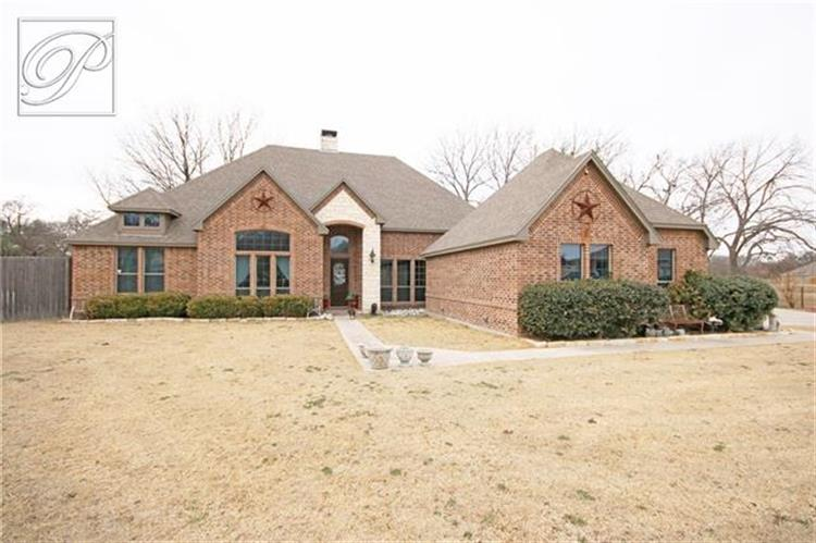120 Sunny Oaks Court, Weatherford, TX 76087