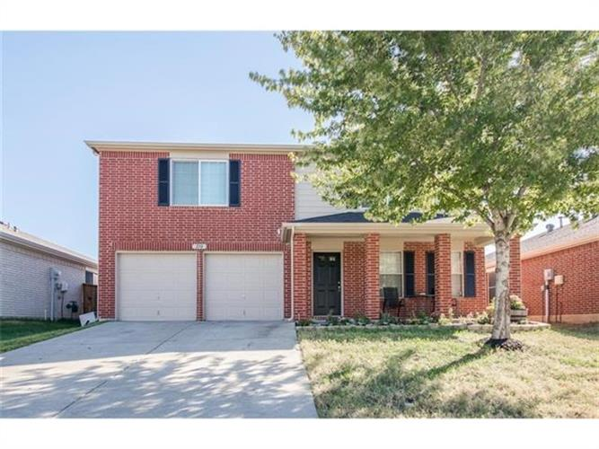 210 Creekview Drive, Wylie, TX 75098 - Image 1