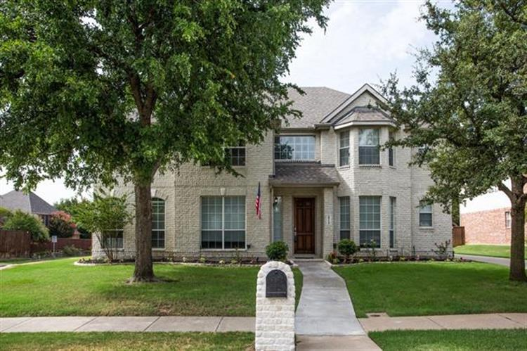2713 Heather Wood Drive, Flower Mound, TX 75022