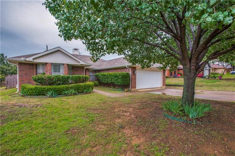 2603 Parkview Drive, Corinth, TX 76210 - Image 1