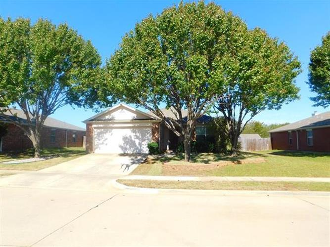 4204 Vinyard Way, Denton, TX 76226