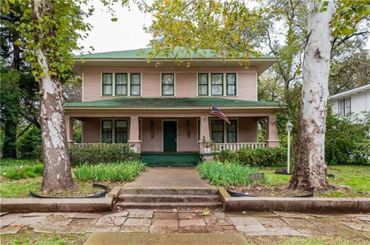 512 College Street, Waxahachie, TX 75165 - Image 1