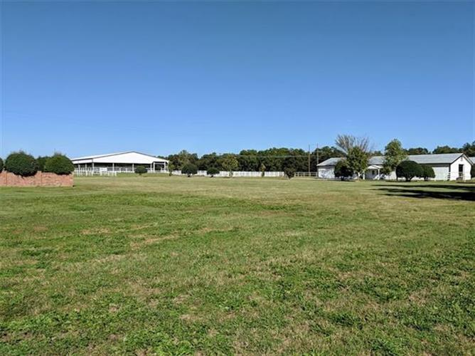 277 County Road 182, Gainesville, TX 76240 - Image 1
