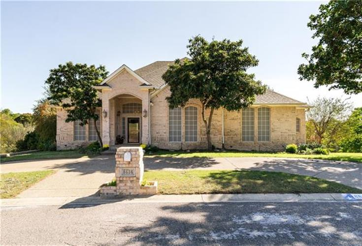 8636 Overland Drive, Fort Worth, TX 76179