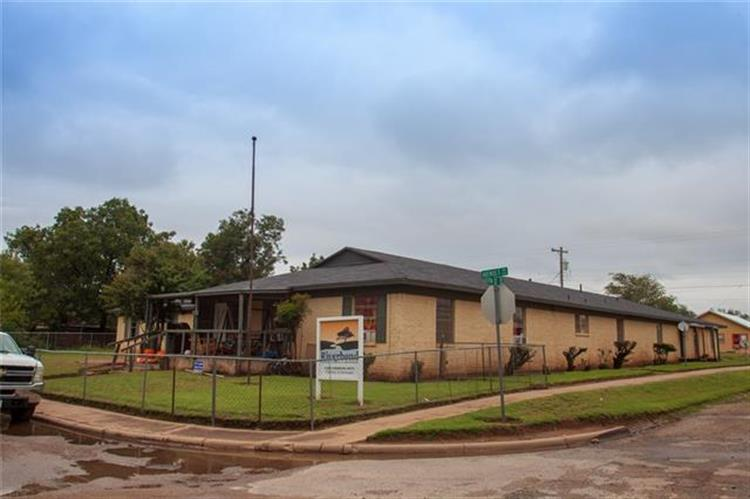 1100 E NW, Childress, TX 79201 - Image 1