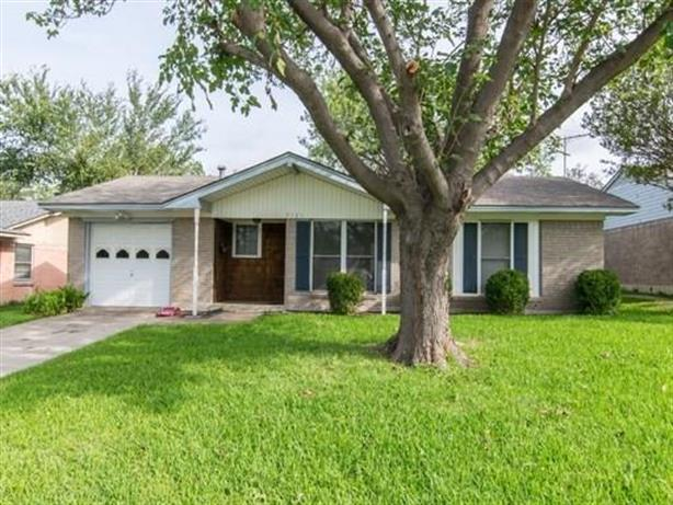 2721 Driftwood Drive, Mesquite, TX 75150 - Image 1