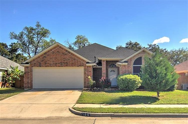 710 Jeff Court, Irving, TX 75060