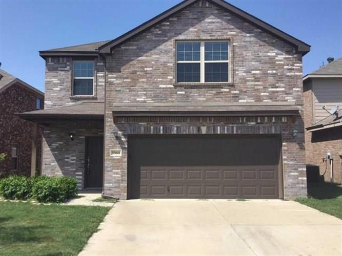 5564 Thunder Bay Drive, Fort Worth, TX 76119 - Image 1