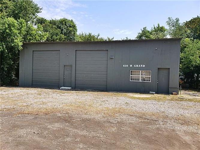 610 W Grand Street, Whitewright, TX 75491