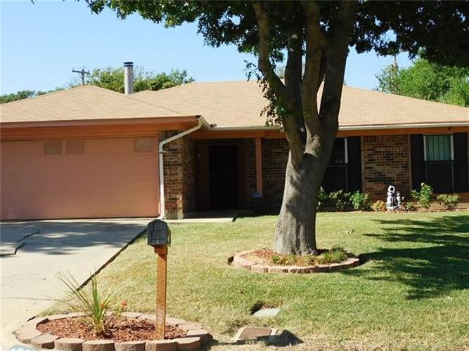 6924 Wicks Trail, Fort Worth, TX 76133 - Image 1