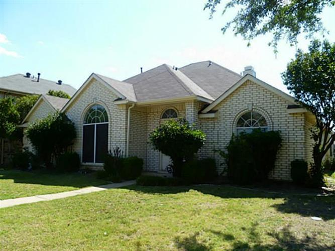 7105 DEE COLE, The Colony, TX 75056 - Image 1