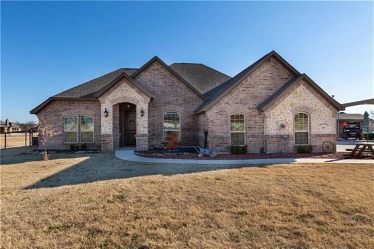 161 Spring Meadow Drive, Springtown, TX 76082 - Image 1