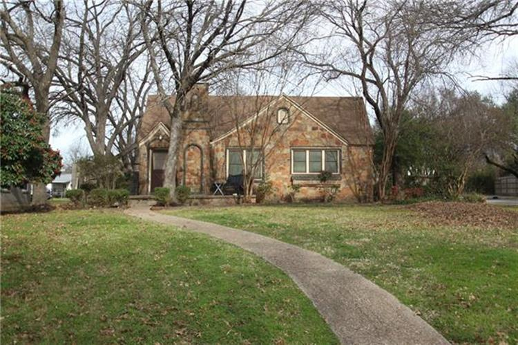 800 Sycamore Street, Waxahachie, TX 75165 - Image 1