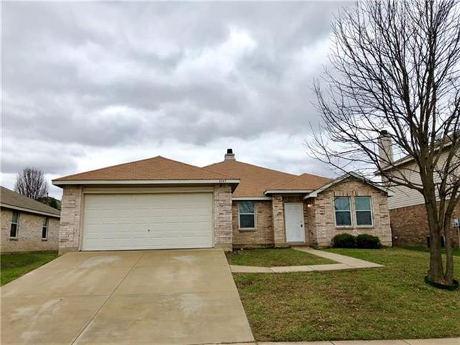 3343 Red Mine Lane, Grand Prairie, TX 75052 - Image 1