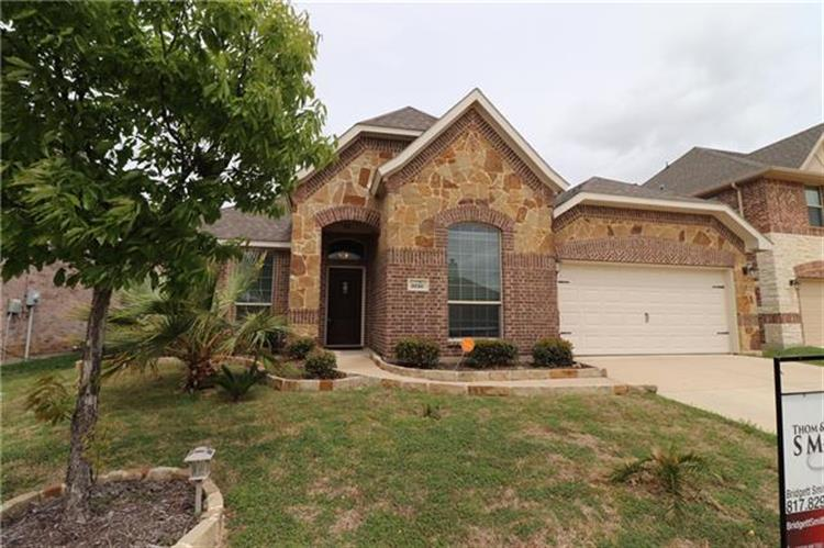 5016 Breezewind Lane, Fort Worth, TX 76123 - Image 1